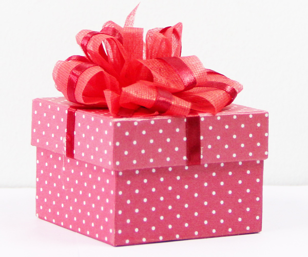 Mẫu ảnh hộp quà đẹp dành cho ngày sinh nhật