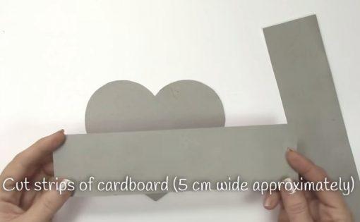 Cách làm hộp quà trái tim - Bước 2