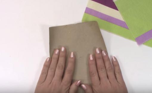 Cách gói quà bằng giấy hình trụ dùng đựng bút siêu ngộ nghĩnh
