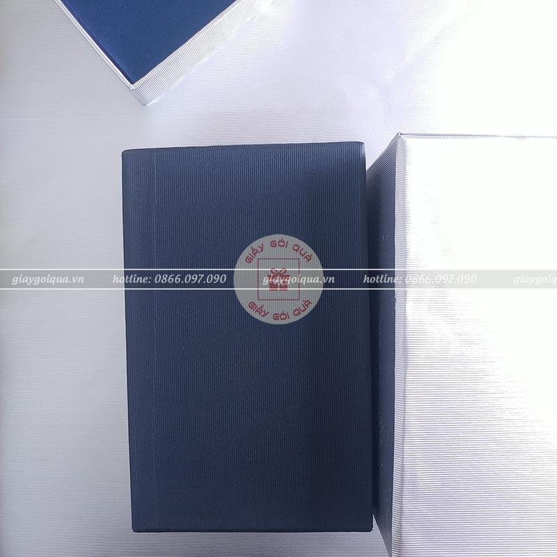 Giấy gói quà cao cấp sọc gân - CC23
