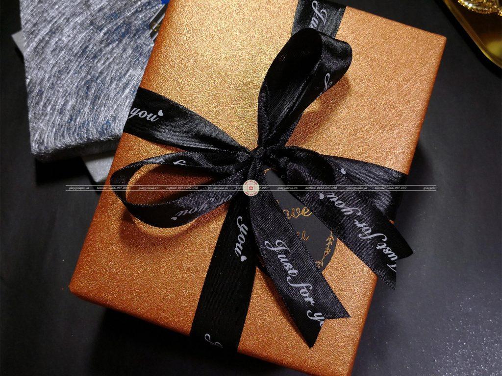 Hộp quà tặng đẹp HQ01 - Kích thước 40x30x20
