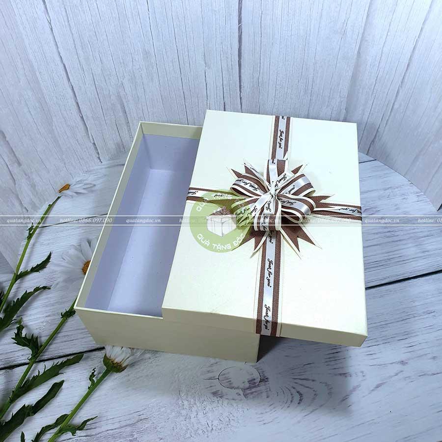 Hộp quà tặng đẹp HQ03 - Kích thước 30x20x10