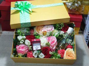 Hộp quà hoa hồng HQ16 – Kích thước 30x20x10