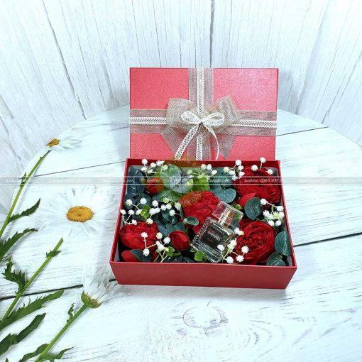 Hộp quà hoa hồng, hộp quà valentine HQ17 – Kích thước 23x17x7