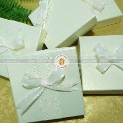 Hộp quà nhỏ, hộp quà tặng sinh nhật nhỏ HQ23 - Kích thước 10x10x3cm