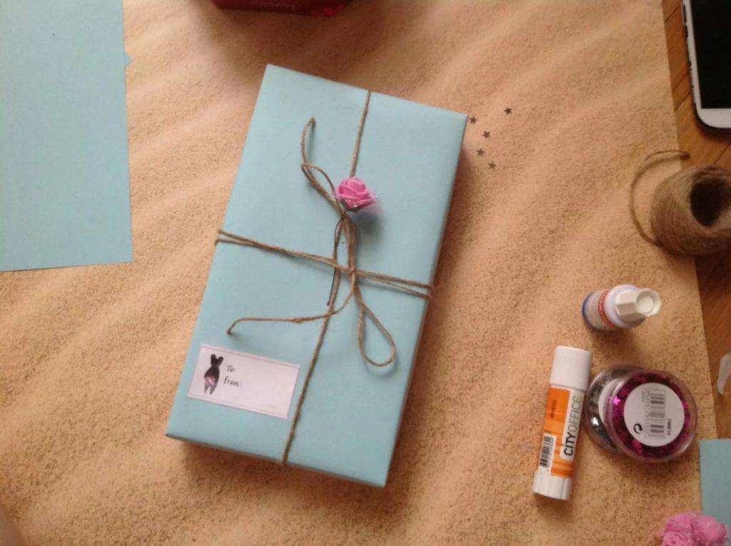 Tặng quà sinh nhật cho bạn gái thân cần lưu ý những gì ?