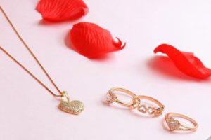 Những món đồ trang sức xinh xắn