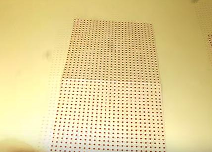 Bước 1: Cắt giấy kích thước 15*30cm