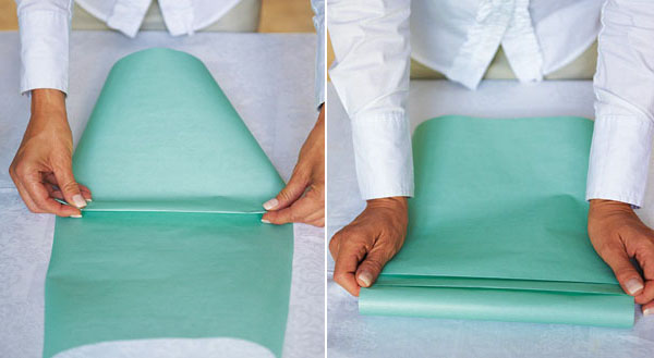 Bước 2: Tạo điểm nhấn cho giấy bọc quà