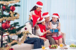 Những ý tưởng tặng quà giáng sinh cho bố mẹ độc đáo