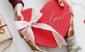 Valentine nên tặng gì cho bạn trai vừa ý nghĩa, vừa thể hiện sự chu đáo