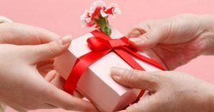 Cách chọn quà sinh nhật ý nghĩa, chạm đến trái tim người nhận