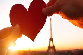 Tự làm video kỉ niệm ngày Valentine