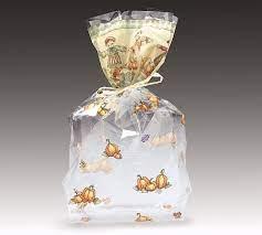 Cách gói quà dạng túi với giấy kiếng